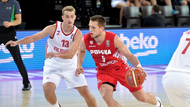 Дмитрий Хвостов (слева) вновь был одним из лучших в составе нашей команды