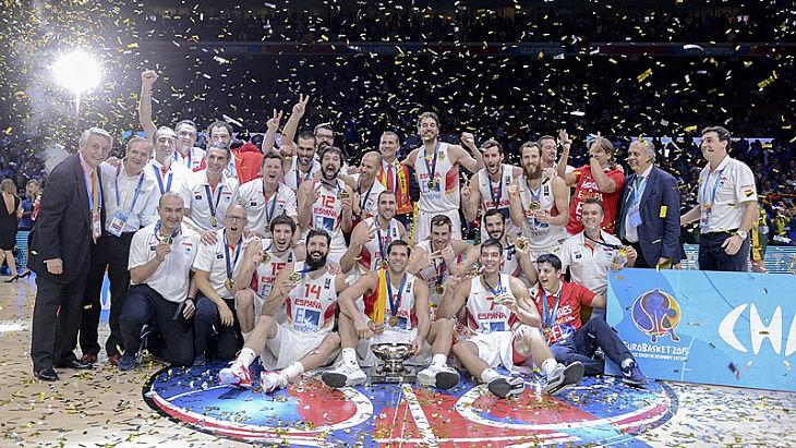 Испанцы — фавориты в борьбе за титул