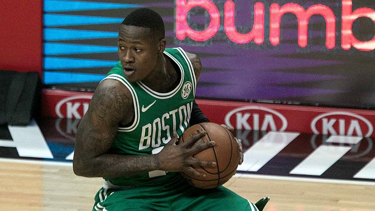 «Бостон» выиграл первый матч в серии с «Милуоки»