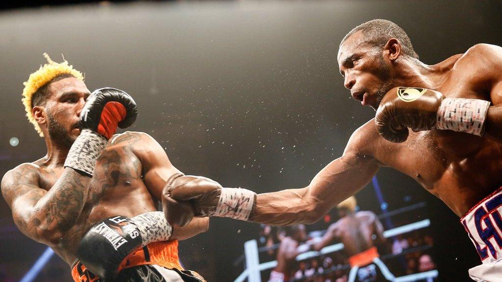 Джарретт Херд объединил титулы WBA, IBO и IBF