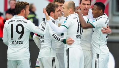 «Бавария» и «Дортмунд» добыли уверенные победы