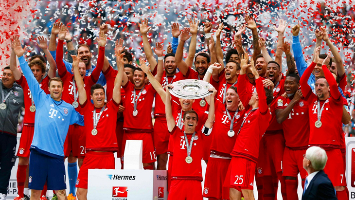 «Бавария» празднует чемпионство