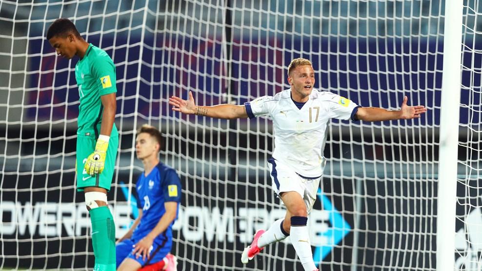Италия обыграла Францию в 1/8 финала МЧМ-2017
