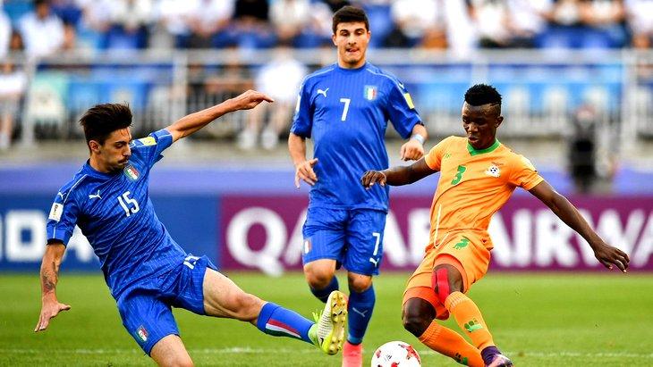 Италия с трудом выиграла у Замбии