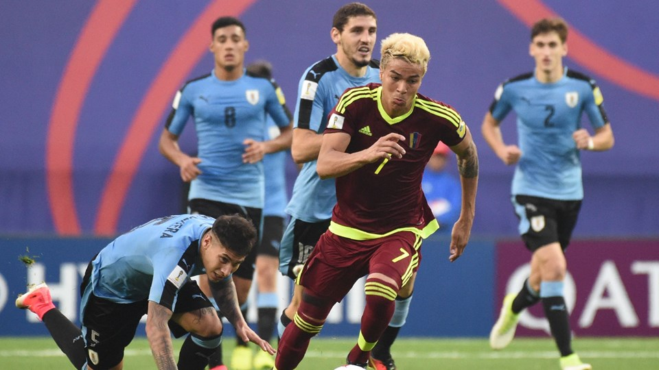 Сборная венесуэла по футболу [PUNIQRANDLINE-(au-dating-names.txt) 57