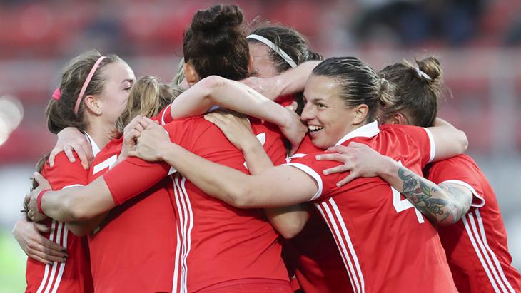 Футболистки женской сборной России
