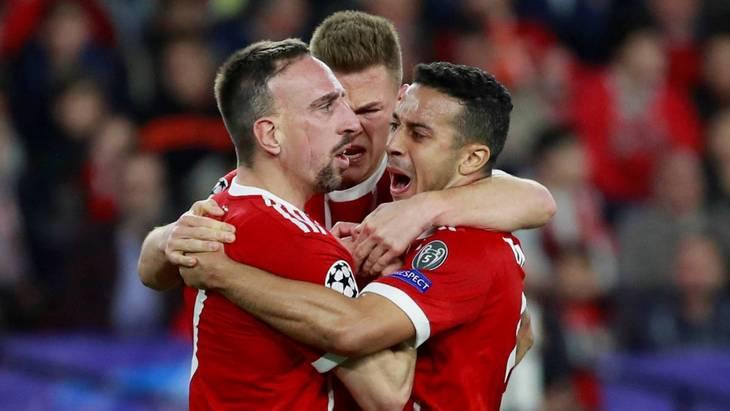 Рибери (слева) сыграл ключевую роль в победе «Баварии»