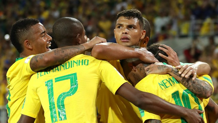 Сборная Бразилии улучшает свою игру