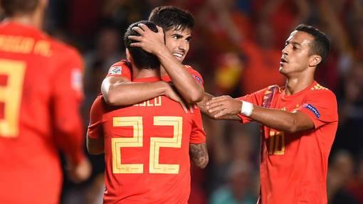 Испания справилась с двумя полуфиналистами ЧМ-2018