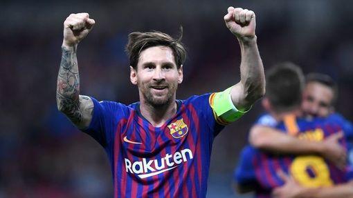 Месси забил пять мячей в двух матчах Лиги чемпионов
