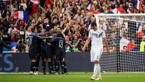 Франция справилась с обновленной Германией