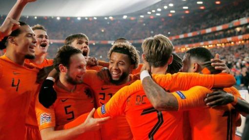 Нидерланды нанесли первое поражение действующему чемпиону мира