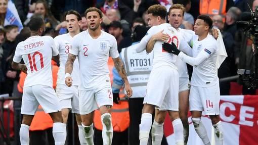 Англия стремительно прогрессирует