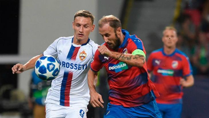 Роман Губник (справа)