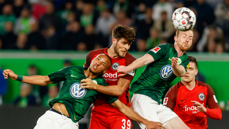 «Вольфсбург» ушел от поражения в матче с «Айнтрахтом»