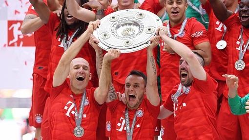 «Бавария» в седьмой раз кряду стала чемпионом