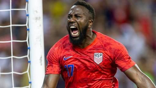 США продолжает борьбу за трофей