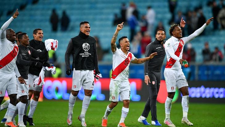 Перу покончил с пребыванием Чили на троне Южной Америки