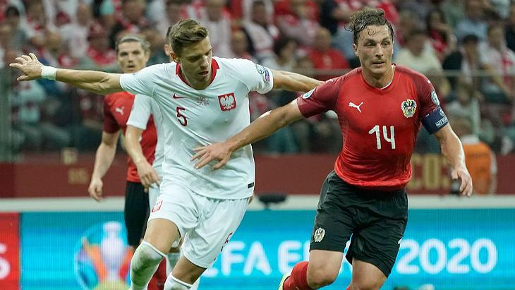 Фрагмент матча Польша — Австрия