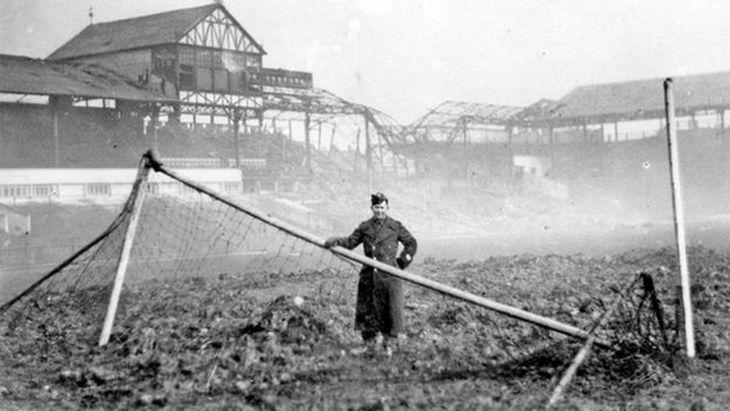 Разбомбленный стадион