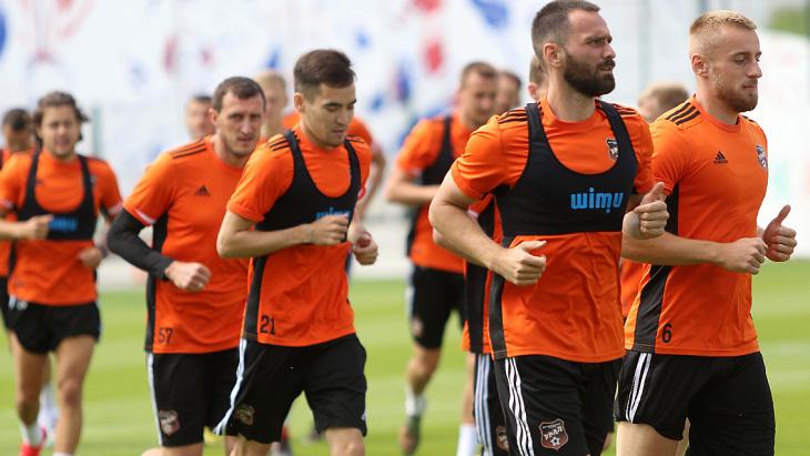 Футболисты «Урала»