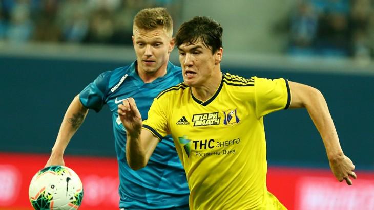 Элдор Шомуродов в матче с «Зенитом»