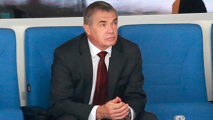 Александр Медведев0