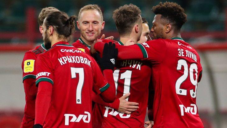 Футболисты «Локомотива»