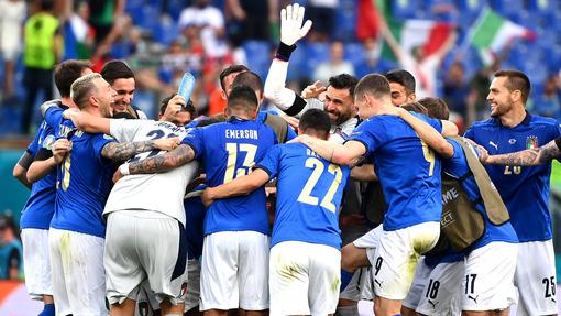 Италия эффектно проводит Евро-2020