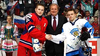 Иван Барбашев (слева)