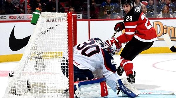 Канадцы забросили в ворота словаков восемь шайб