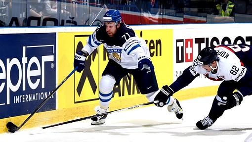 Леонид Комаров помог сборной Финляндии выиграть у Словакии