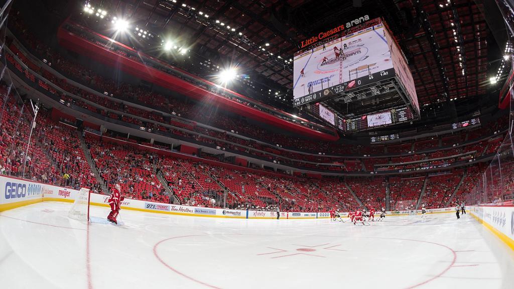 «Детройт» выиграл первый матч на новой арене