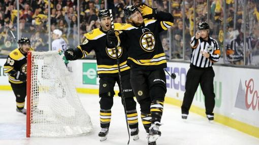 Хоккеисты «Бостона»