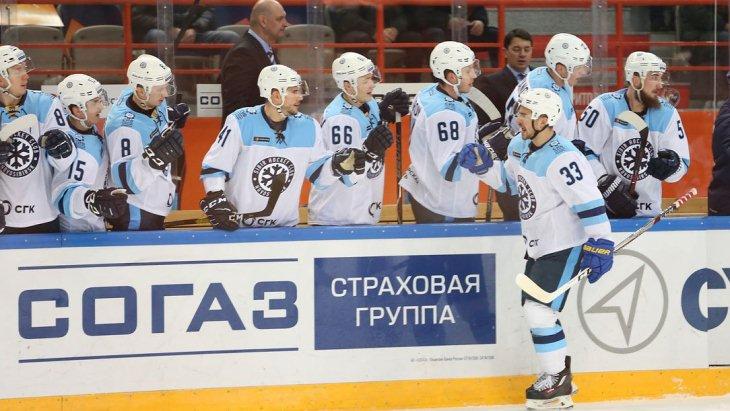 Игроки «Сибири»