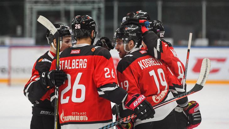 Хоккеисты «Авангарда»