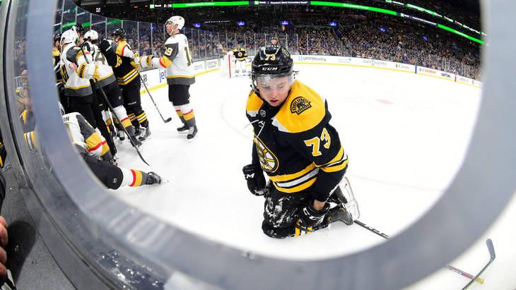 Фрагмент матча с участием «Бостона»