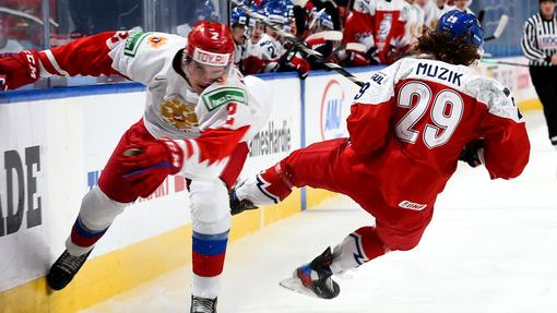 Это первый случай с 2012 года, когда сборная России не смогла забить хотя бы один гол в матче МЧМ