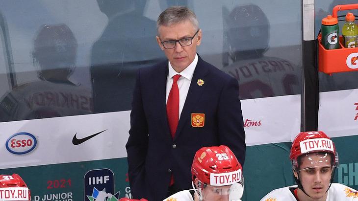 Игорь Ларионов