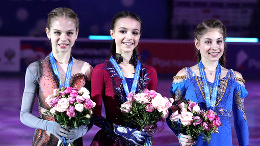 Александра Трусова, Анна Щербакова и Алена Косторная