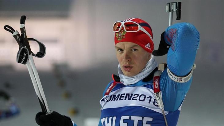 Матвей Елисеев одержал победу в спринте на чемпионате России по биатлону в Тюмени