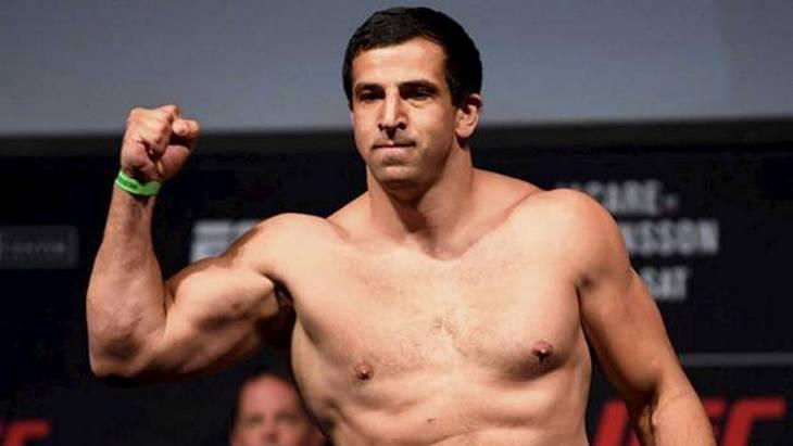 Смоляков назвал бокс и MMA спортом нищих