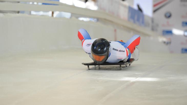 Скелетонист Семенов завоевал серебро на этапе Кубка Европы