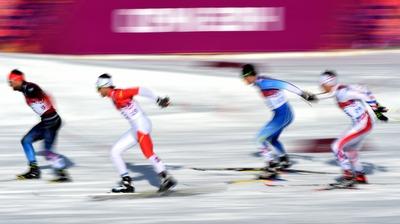 Гафаров, Устюгов и Петухов пробились в полуфинал лыжного спринта на Олимпиаде