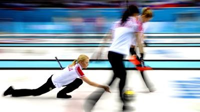 Россиянки проиграли керлингисткам из Японии