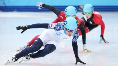 Российские шорт-трекисты стали первыми в финале эстафеты на 5000 м
