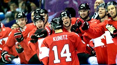 Крис Кунитц принимает поздравления