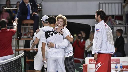 Андрей Рублев принимает поздравления