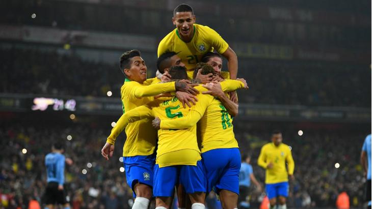 Прогноз на Бразилия — Камерун